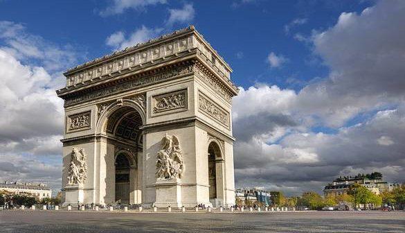 L U0026 39 Arc De Triomphe De L U2019 U00c9toile  Majestueux Monument De