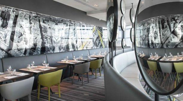 La defense restaurant Le Miroir
