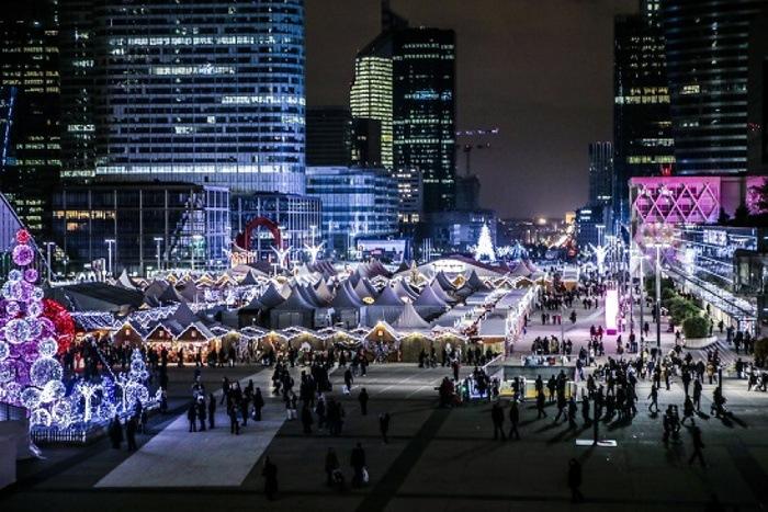 Le marché de Noël sur le Parvis de la Défense