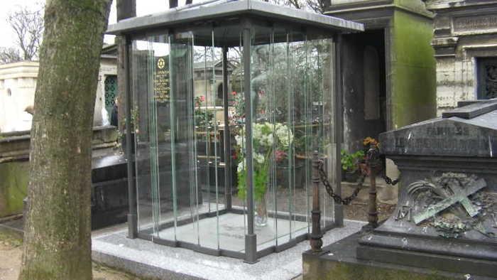 La tombe de Michel Berger et France Gall au cimetière Montmartre