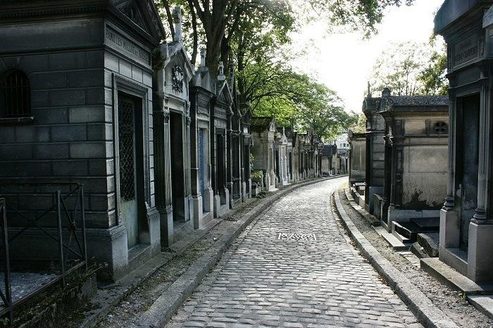 explorer le cimetière du Père Lachaise