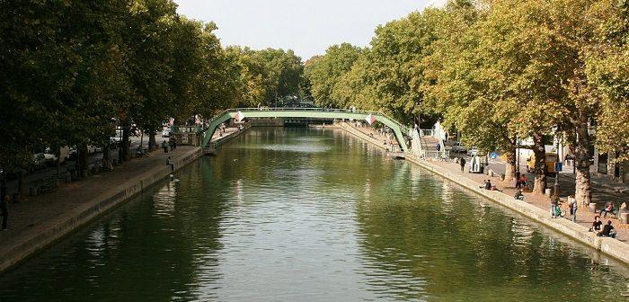 Le canal Saint-Martin dans le 10ème arrondissement de Paris