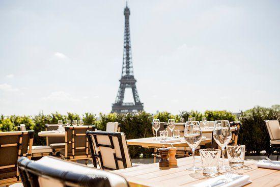 Vue de la Tour Eiffel depuis le Café de l'Homme