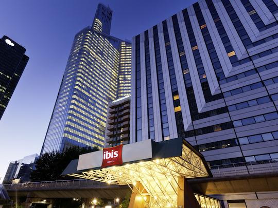 Hôtel Ibis.