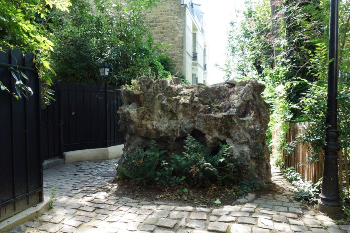 Le rocher.
